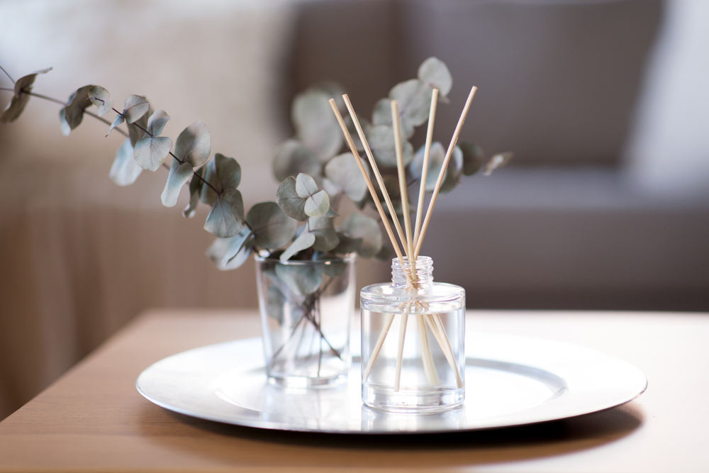 How To Use A Reed Diffuser 3 Easy Steps
